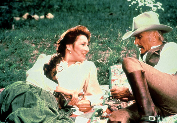 Anjelica Huston and Robert Duvall in Lonesome Dove