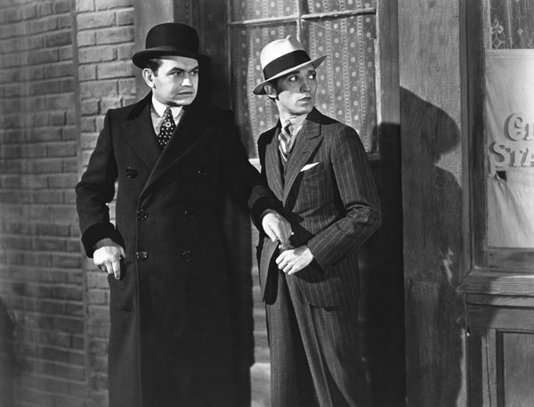 Edward G. Robinson in Little Caesar (Photo courtesy www.doctormacro.com)