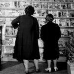 Women consider magazines