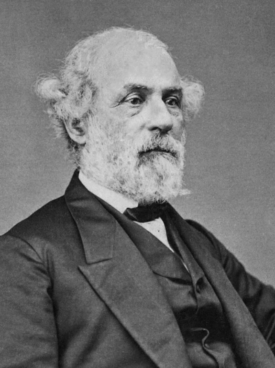 Photo portrait of Robert E. Lee, taken after the Civil War.