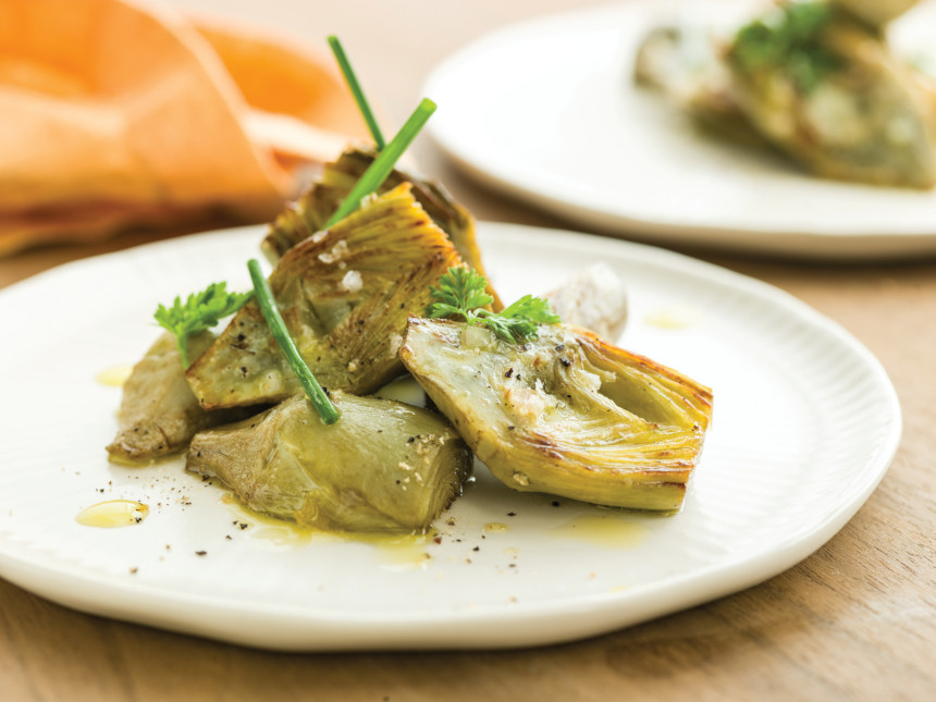 Braised artichokes with lemon vinaigrette