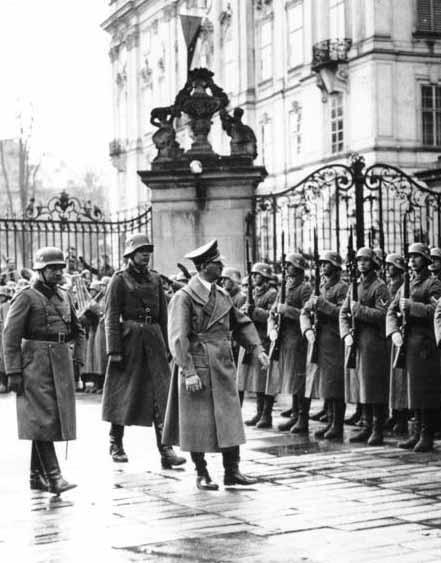 Hitler reviews troops in Prague